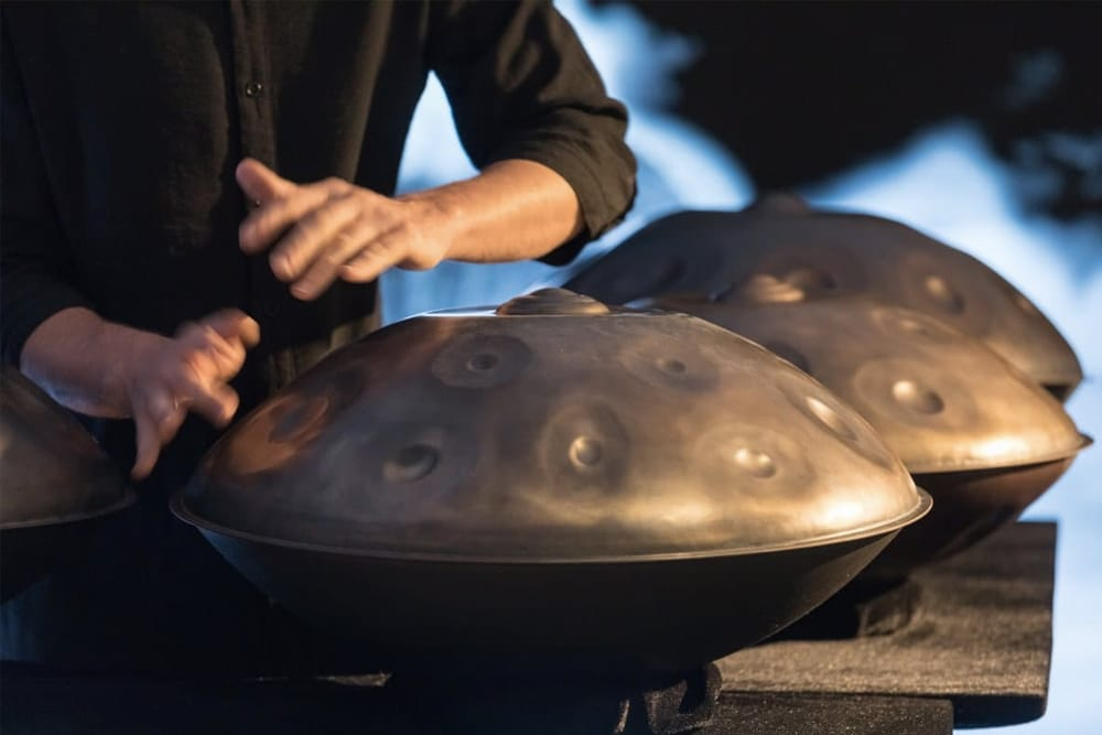 Learn to play handpan
